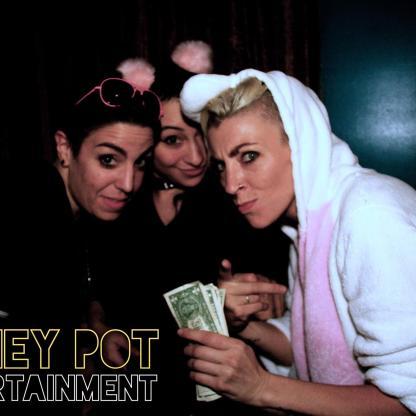 money-holding-unicorn